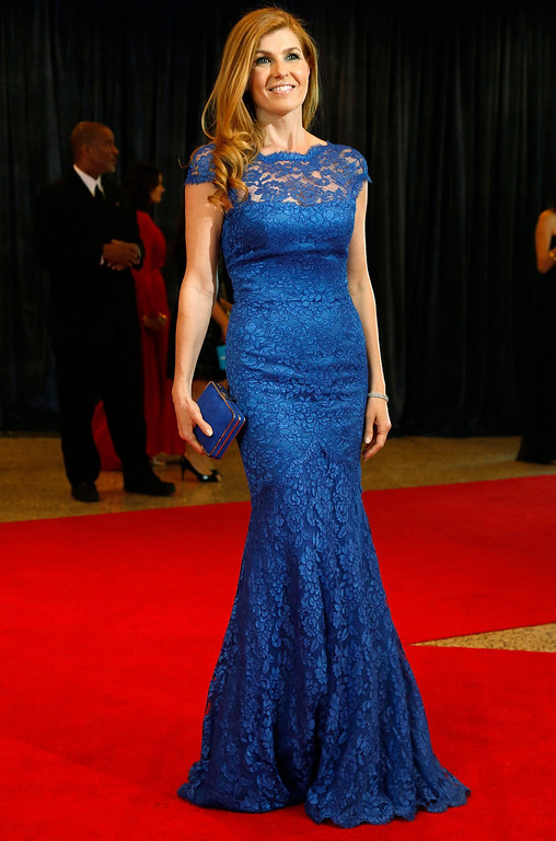 . Actress Connie Britton arrives on the red carpet at the annual White House Correspondents\' Association dinner in Washington April 27, 2013. REUTERS/Jonathan Ernst