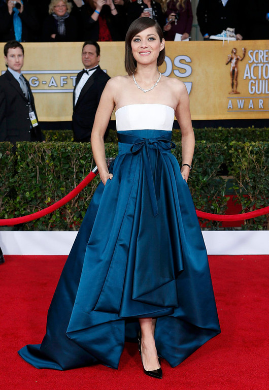 """. Actress Marion Cotillard of the film \""""Rust and Bone\"""" arrives at the 19th annual Screen Actors Guild Awards in Los Angeles, California January 27, 2013.  REUTERS/Adrees Latif"""