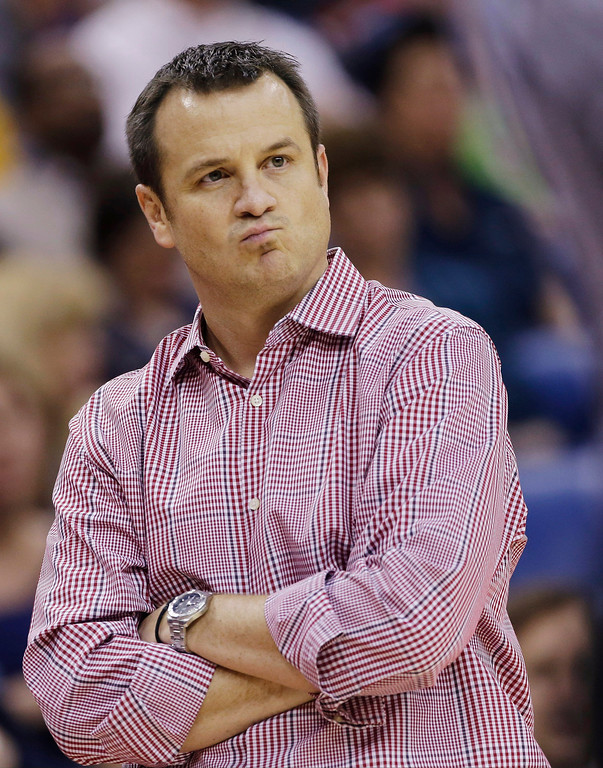 . Louisville head coach Jeff Walz watches during first half of the national championship game against Connecticut at the women\'s Final Four of the NCAA college basketball tournament, Tuesday, April 9, 2013, in New Orleans. (AP Photo/Dave Martin)