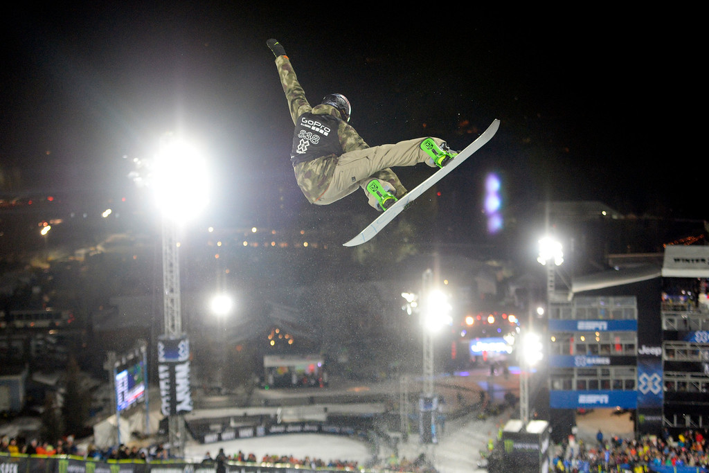 . Greg Bretz, U.S. Olympian, rides during the men\'s snowboard halfpipe qualifier. X Games Aspen at Buttermilk on Thursday, January 23, 2014. (Photo by AAron Ontiveroz/The Denver Post)