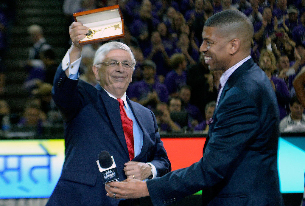 . SACRAMENTO, CA - OCTOBER 30:  NBA Commissioner David Stern received the key to the city from former NBA player and now Mayor of Sacramento Kevin Johnson during an NBA gam between the Denver Nuggets and Sacramento Kings at Sleep Train Arena on October 30, 2013 in Sacramento, California. NOTE TO USER: User expressly acknowledges and agrees that, by downloading and or using this photograph, User is consenting to the terms and conditions of the Getty Images License Agreement.  (Photo by Thearon W. Henderson/Getty Images)
