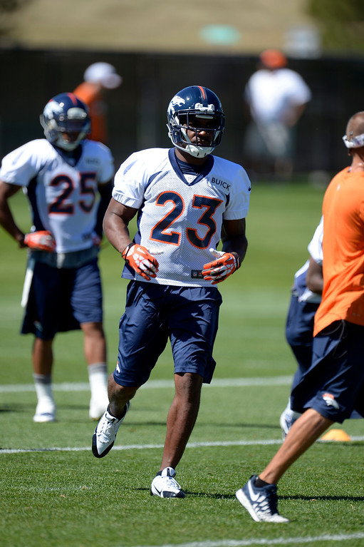 . Quentin Jammer (23) runs through drills during practice August 26, 2013 at Dove Valley. (Photo by John Leyba/The Denver Post)