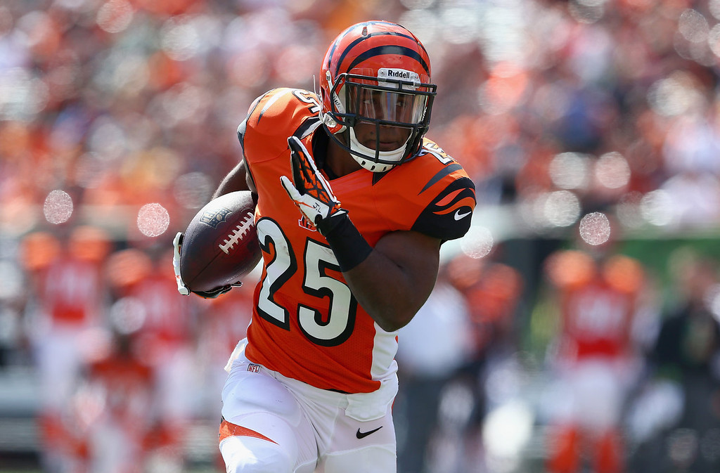 . Giovani Bernard #25 of the Cincinnati Bengals runs for a touchdown during the NFL game against the Green Bay Packers at Paul Brown Stadium on September 22, 2013 in Cincinnati, Ohio.  (Photo by Andy Lyons/Getty Images)