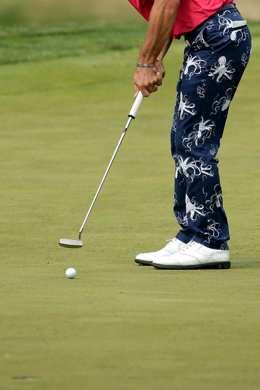 . Billy Horschel putts on the third hole during the fourth round of the U.S. Open golf tournament at Merion Golf Club, Sunday, June 16, 2013, in Ardmore, Pa. (AP Photo/Charlie Riedel)