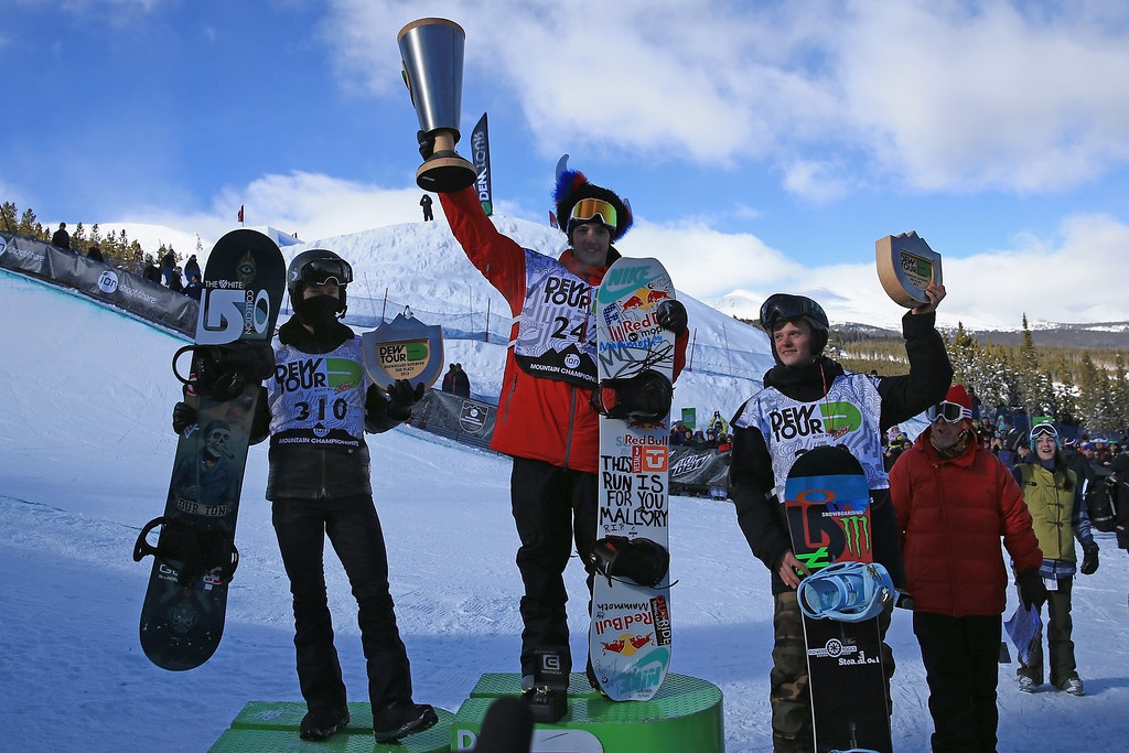 . (L-R) Shaun White in second place, Greg Bretz in first place and Taylor Gold in third place take the podium in the men\'s snowboard superpipe final at the Dew Tour iON Mountain Championships on December 14, 2013 in Breckenridge, Colorado.  (Photo by Doug Pensinger/Getty Images)