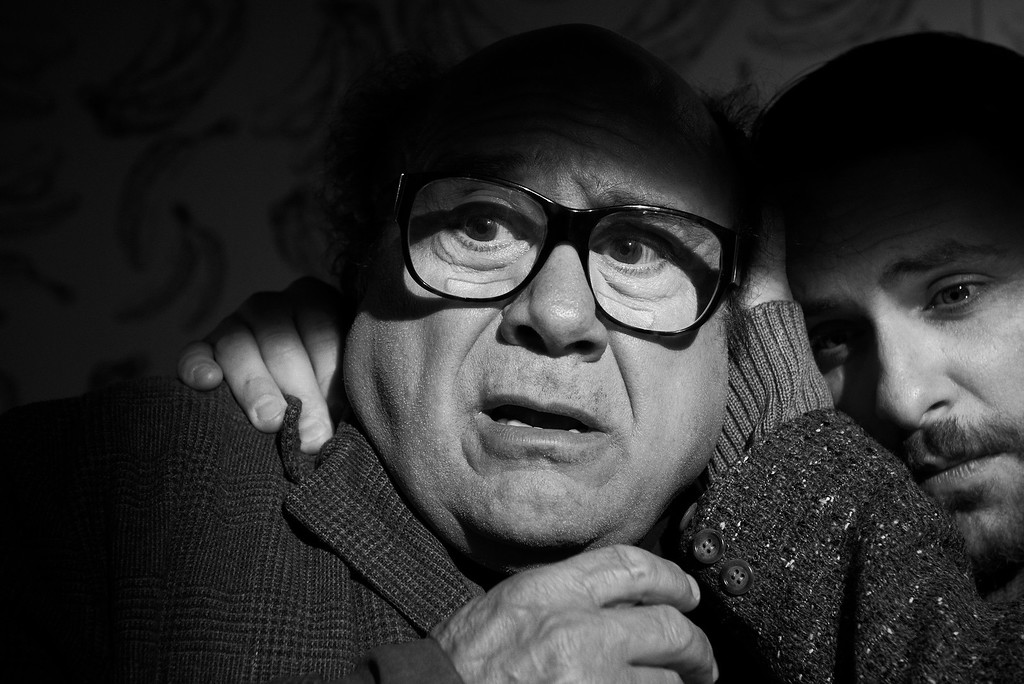 . IT\'S ALWAYS SUNNY IN PHILADELPHIA -- Pictured: (L-R) Danny DeVito as Frank Reynolds, Charlie Day as Charlie Kelly -- CR: Matthias Clamer/FX