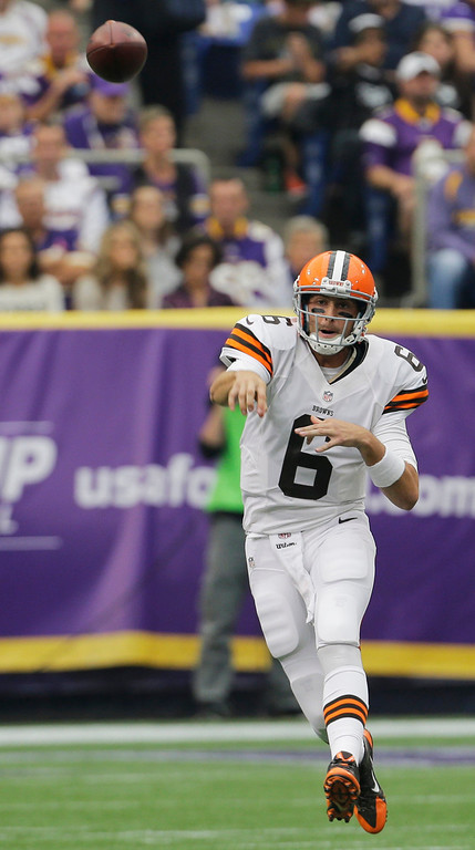 . Cleveland Browns quarterback Brian Hoyer throws a pass during the first half of an NFL football game against the Minnesota Vikings Sunday, Sept. 22, 2013, in Minneapolis. (AP Photo/Ann Heisenfelt)