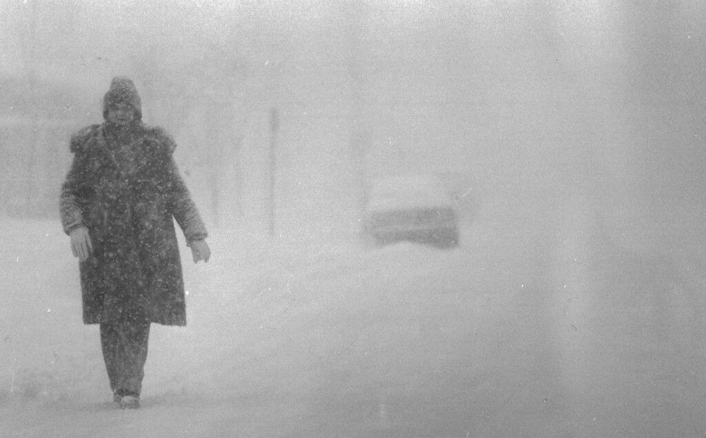 . Blizzard of \'82, whiteout near 3rd ave. and Steele St. near Cherry Creek Shopping area. Denver Post Library Archive
