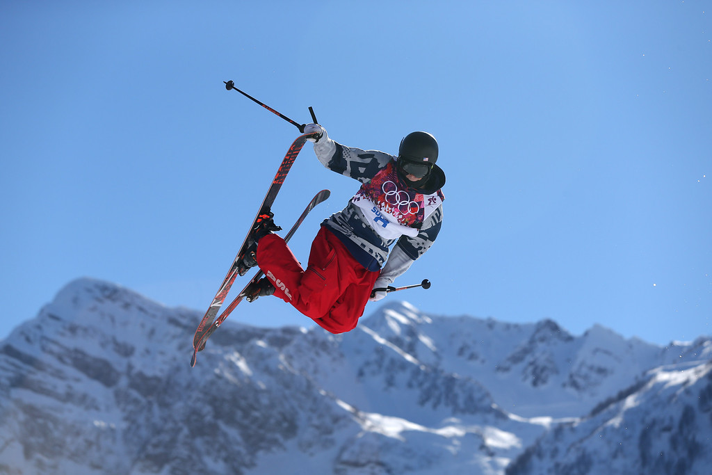 . Gus Kenworthy of the United States competes in the men\'s ski slopestyle final to win the silver medal at the Rosa Khutor Extreme Park, at the 2014 Winter Olympics, Thursday, Feb. 13, 2014, in Krasnaya Polyana, Russia. (AP Photo/Sergei Grits)