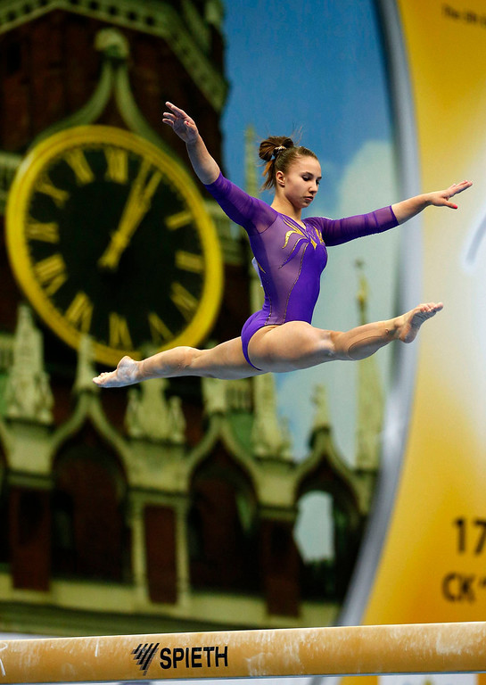 . Spain\'s Roxana Popa Nedelcu competes on the balance beam during the women\'s all-around final at the European Men\'s and Women\'s Artistic Gymnastic individual Championships in Moscow April 19, 2013.  REUTERS/Grigory Dukor