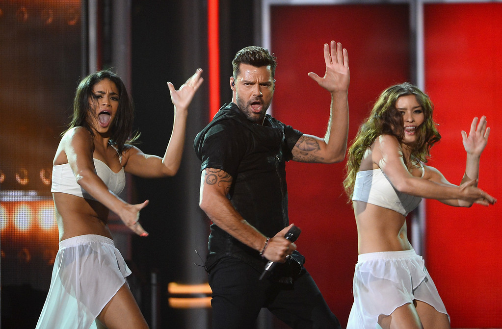 . Recording artist Ricky Martin (C) performs onstage during the 2014 Billboard Music Awards at the MGM Grand Garden Arena on May 18, 2014 in Las Vegas, Nevada.  (Photo by Ethan Miller/Getty Images)