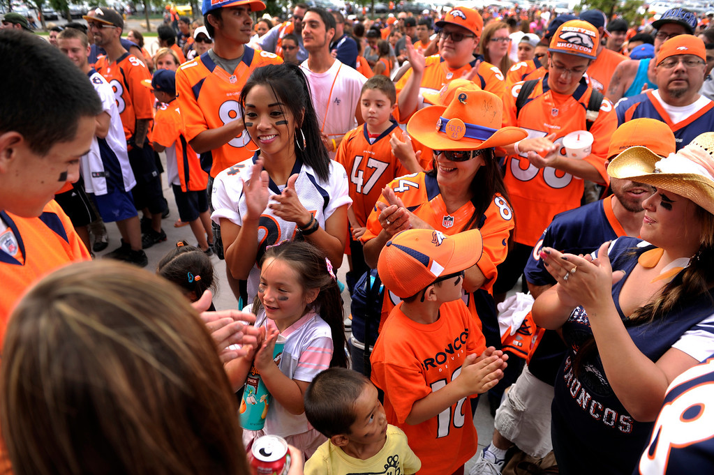 . DENVER, CO. - AUGUST 03: Denver Broncos fans lined up outside Sports Authority Field Saturday afternoon, August 3, 2013 before gates opened to watch practice.  Photo By Karl Gehring/The Denver Post