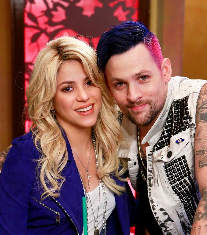 ". THE VOICE --  \""Shakira Reality \"" -- Pictured: (l-r) Shakira, Joel Madden -- (Photo by: Trae Patton/NBC)"