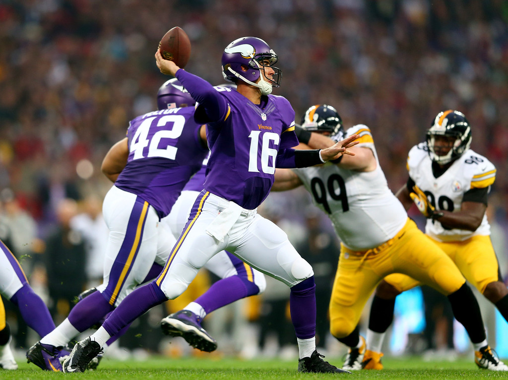 . LONDON, ENGLAND - SEPTEMBER 29:  Quarterback Matt Cassel #16 of the Minnesota Vikings throws the ball during the NFL International Series game between Pittsburgh Steelers and Minnesota Vikings at Wembley Stadium on September 29, 2013 in London, England.  (Photo by Michael Steele/Getty Images)