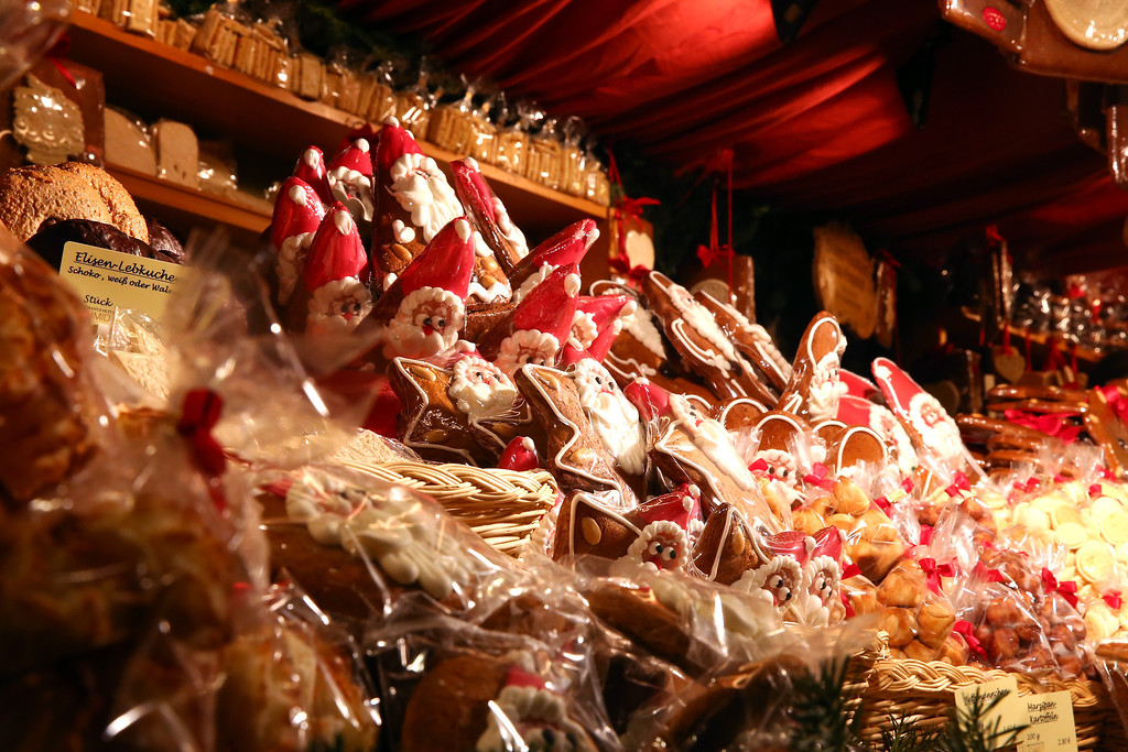 . Traditional Christmas ginger bread and Chocolate seen at the annual Christmas market at Marienplatz and the Town Hall on its opening day on November 25, 0213 in Munich, Germany.   (Photo by Alexander Hassenstein/Getty Images)