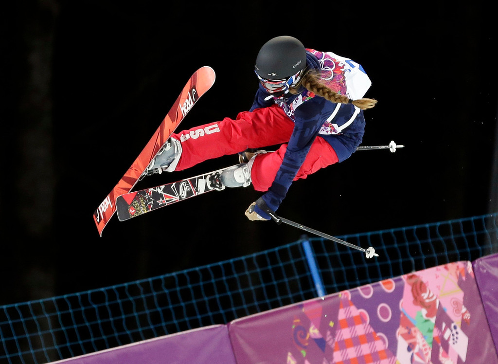 . Maddie Bowman of the United States gets air during women\'s ski halfpipe qualifying at the Rosa Khutor Extreme Park, at the 2014 Winter Olympics, Thursday, Feb. 20, 2014, in Krasnaya Polyana, Russia. (AP Photo/Andy Wong)