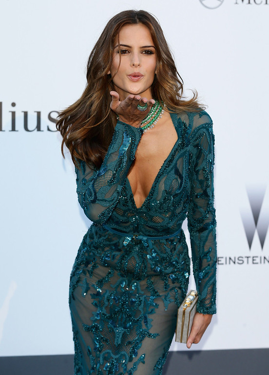 . Model Izabel Goulart attends amfAR\'s 20th Annual Cinema Against AIDS during The 66th Annual Cannes Film Festival at Hotel du Cap-Eden-Roc on May 23, 2013 in Cap d\'Antibes, France.  (Photo by Vittorio Zunino Celotto/French Select via Getty Images)
