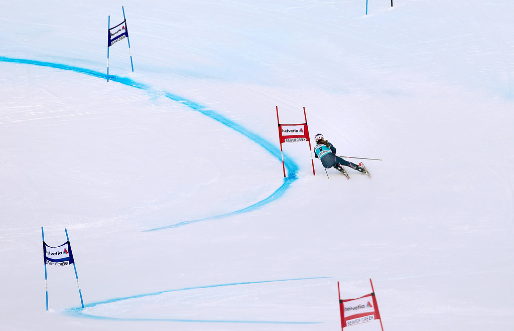 . Mikaela Shiffrin heads down course during the first run of the women\'s World Cup giant slalom skiing event, in Beaver Creek, Colo., Sunday, Dec. 1, 2013. (AP Photo/Alessandro Trovati)