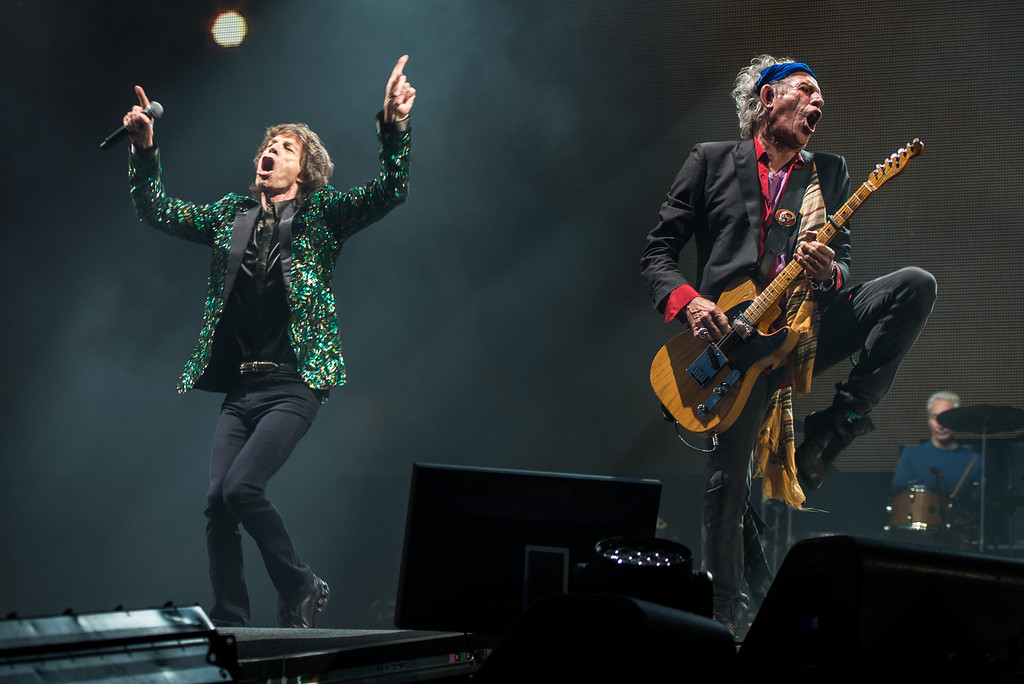 . Sir Mick Jagger and Keith Richards of The Rolling Stones perform on the Pyramid Stage during day 3 of the 2013 Glastonbury Festival at Worthy Farm on June 29, 2013 in Glastonbury, England. (Photo by Ian Gavan/Getty Images)