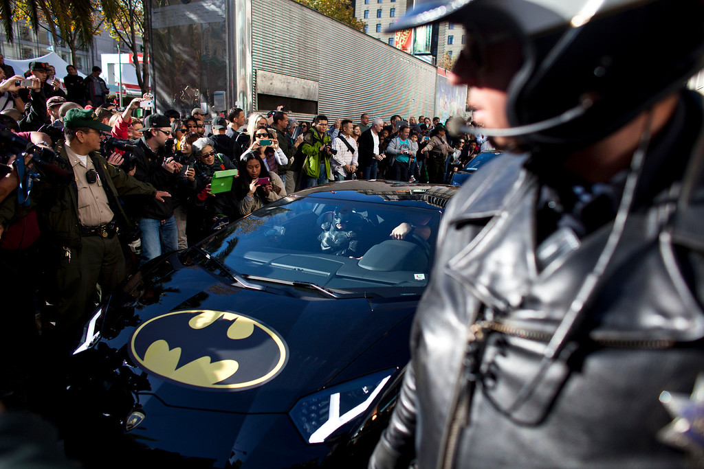 . Police escorts 5-year-old leukemia survivor Miles, also known as BatKid as he exits his cave at Union Square November 15, 2013 in San Francisco. Make-A-Wish Greater Bay Area foundation turned the city into Gotham City for Miles by creating a day long event bringing his wish to be a BatKid to life. (Photo by Ramin Talaie/Getty Images)