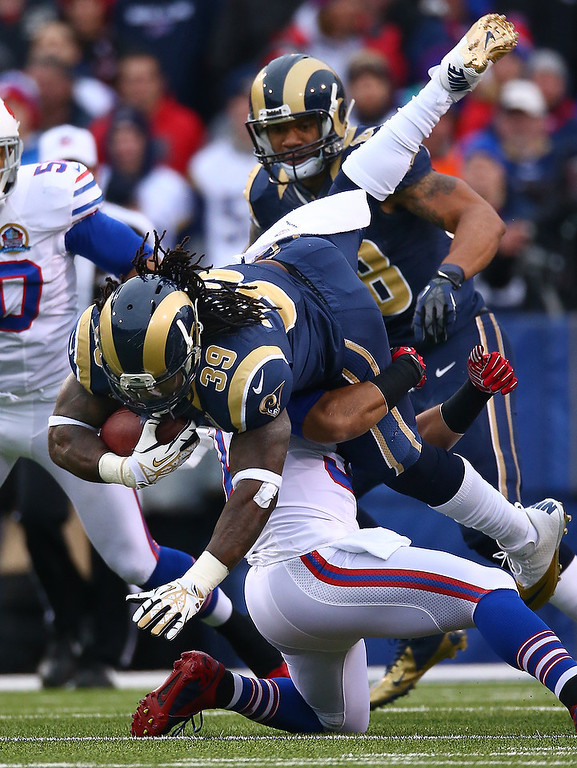 . Steven Jackson #39 of the St. Louis Rams is tackled during an NFL game against the Buffalo Bills at Ralph Wilson Stadium on December 9, 2012 in Orchard Park, New York. (Photo by Tom Szczerbowski/Getty Images)