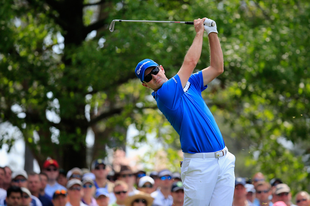 . Justin Rose of England hits a shot on the fourth tee during the second round of the 2014 Masters Tournament at Augusta National Golf Club on April 11, 2014 in Augusta, Georgia.  (Photo by Rob Carr/Getty Images)