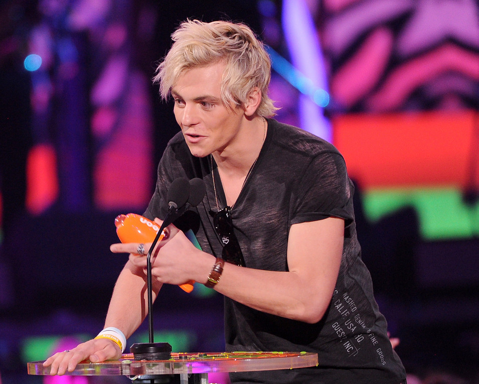 . Actor Ross Lynch accepting the award for Favorite TV Actor during Nickelodeon\'s 27th Annual Kids\' Choice Awards held at USC Galen Center on March 29, 2014 in Los Angeles, California.  (Photo by Kevin Winter/Getty Images)