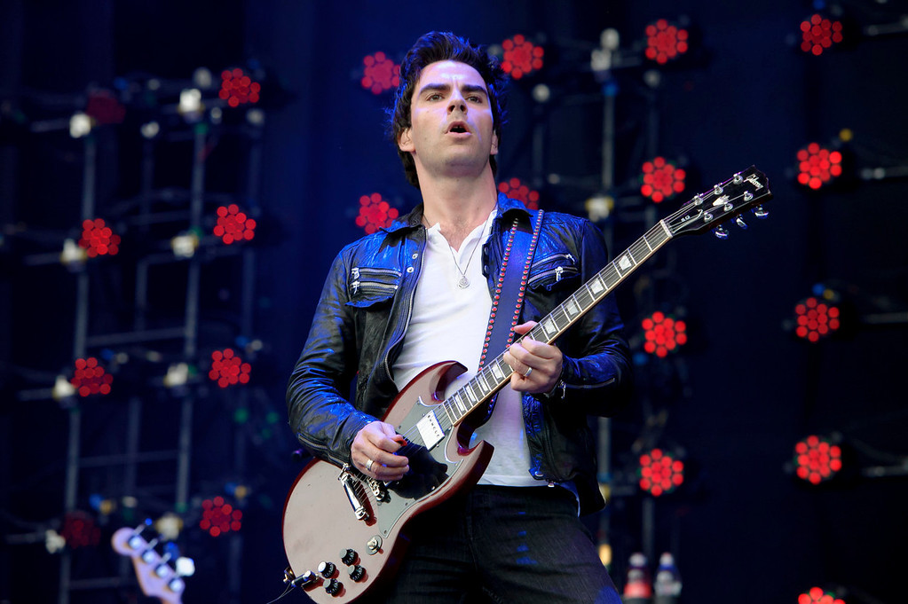 . Kelly Jones from British band Stereophonics performs at the V Festival in Chelmsford, England, Sunday, Aug. 18, 2013. (Photo by Jonathan Short/Invision/AP)