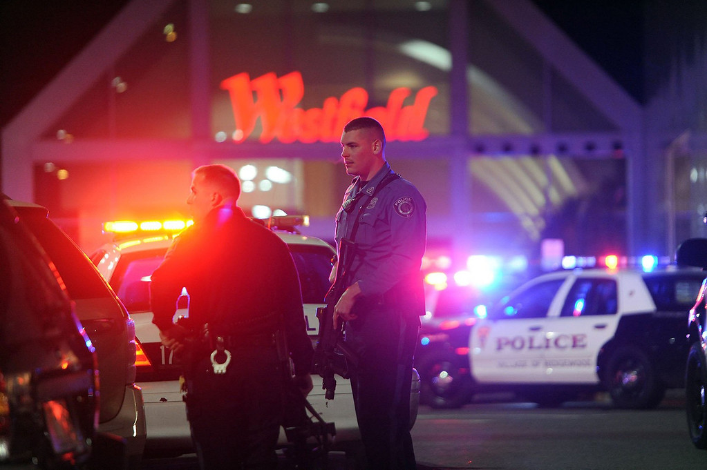 . Police officers respond to a shooting at Westfield Garden State Plaza mall in Paramus, New Jersey, on Monday, November 14, 2013. (Tyson Trish/The Record/MCT)