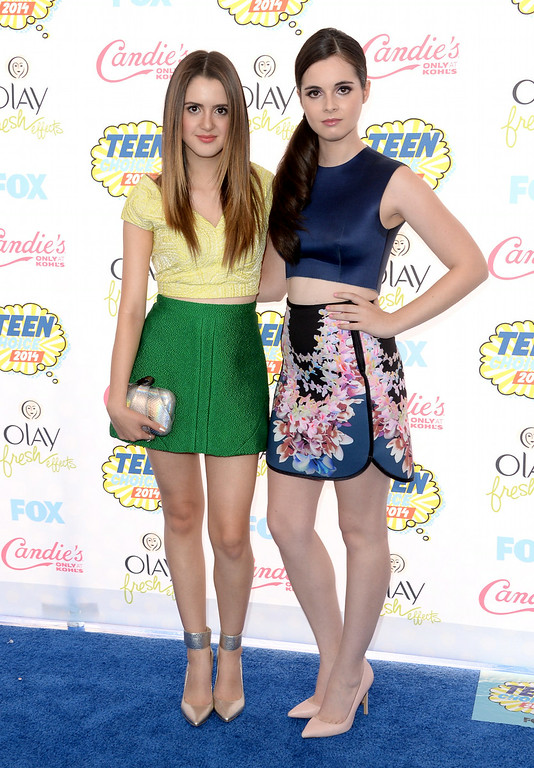. Actresses Laura Marano and Vanessa Marano attend FOX\'s 2014 Teen Choice Awards at The Shrine Auditorium on August 10, 2014 in Los Angeles, California.  (Photo by Jason Merritt/Getty Images)