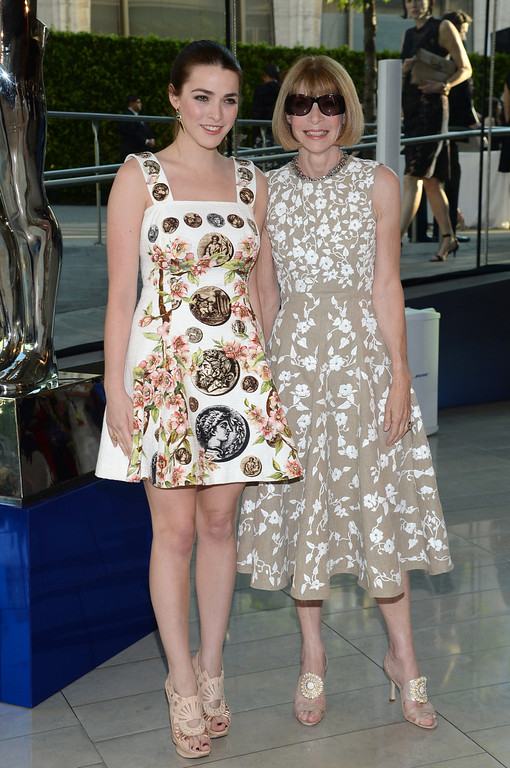 . Vogue editor Anna Wintour, right, and her daughter Bee Shaffer arrive at the 2014 CFDA Fashion Awards held at Alice Tully Hall, Lincoln Center, on Monday, June 2, 2014, in New York. (Photo by Evan Agostini/Invision/AP)