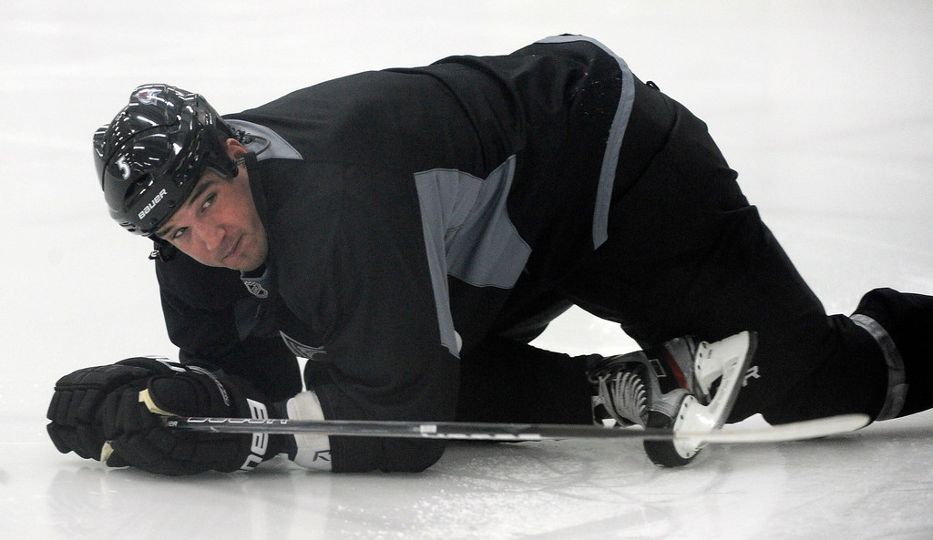 . Colorado Avalanche Shane O\'Brien (5) stretches during practice as the Avalanche  return to the ice Sunday, January 13, 2013 at Family Sports Center. John Leyba, The Denver Post