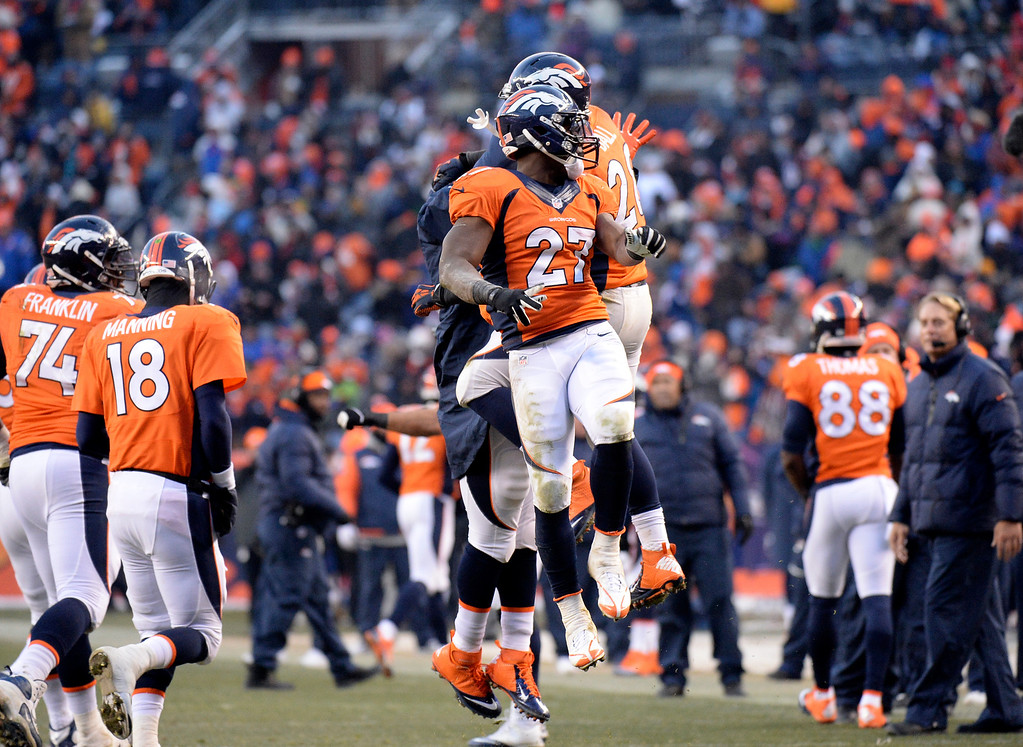 . Denver Broncos running back Knowshon Moreno (27) celebrates after scoring a touchdown in the second half of the game.   (Photo by Hyoung Chang/The Denver Post)