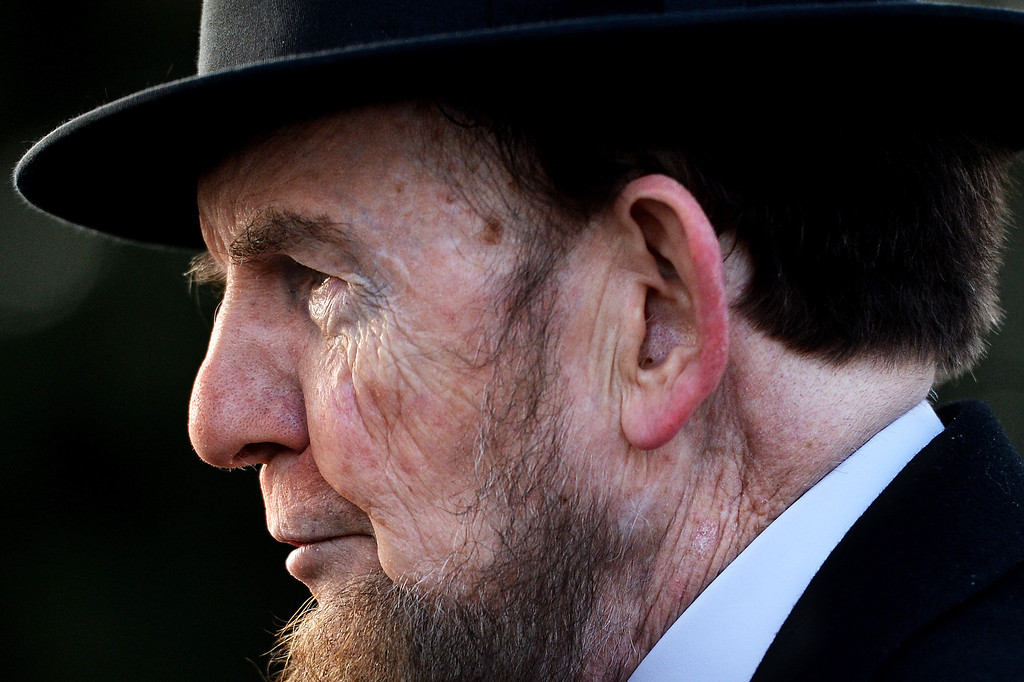 . Portraying U.S. President Abraham Lincoln, James Getty, stands behind stage before reciting the Gettysburg Address during a commemoration of the 150th Anniversary of the Gettysburg Address at the Soldiers\' National Cemetery at Gettysburg National Military Park on November 19, 2013 in Gettysburg, Pennsylvania. (Photo by Patrick Smith/Getty Images)