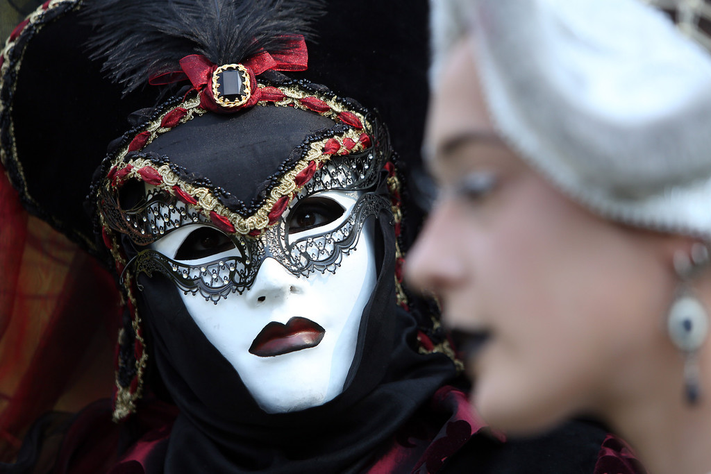 . Gothic enthusiasts attend a Victorian picnic during the annual Wave-Gotik-Treffen music festival on June 6, 2014 in Leipzig, Germany. (Photo by Adam Berry/Getty Images)