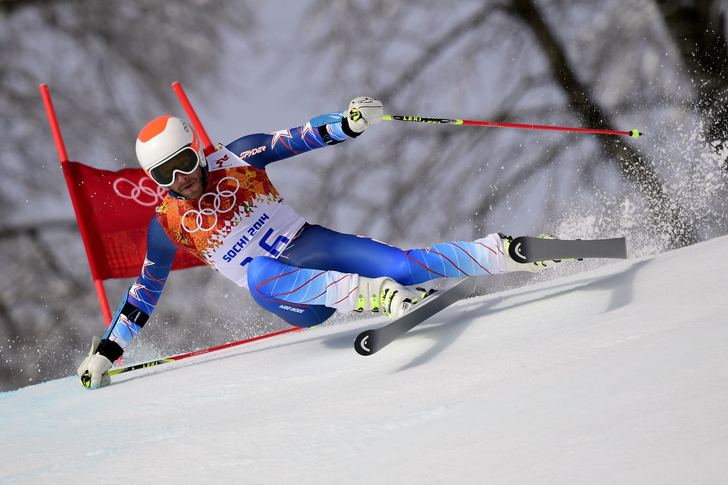 . US skier Bode Miller competes during the Men\'s Alpine Skiing Giant Slalom Run 1 at the Rosa Khutor Alpine Center during the Sochi Winter Olympics on February 19, 2014. AFP PHOTO / OLIVIER MORIN/AFP/Getty Images