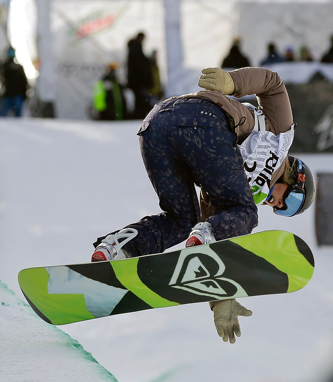 . Torah Bright, of Australia, competes during the women\'s snowboarding superpipe final at the Dew Tour iON Mountain Championships, Saturday, Dec. 14, 2013, in Breckenridge, Colo. Bright took first place in the event. (AP Photo/Julie Jacobson)
