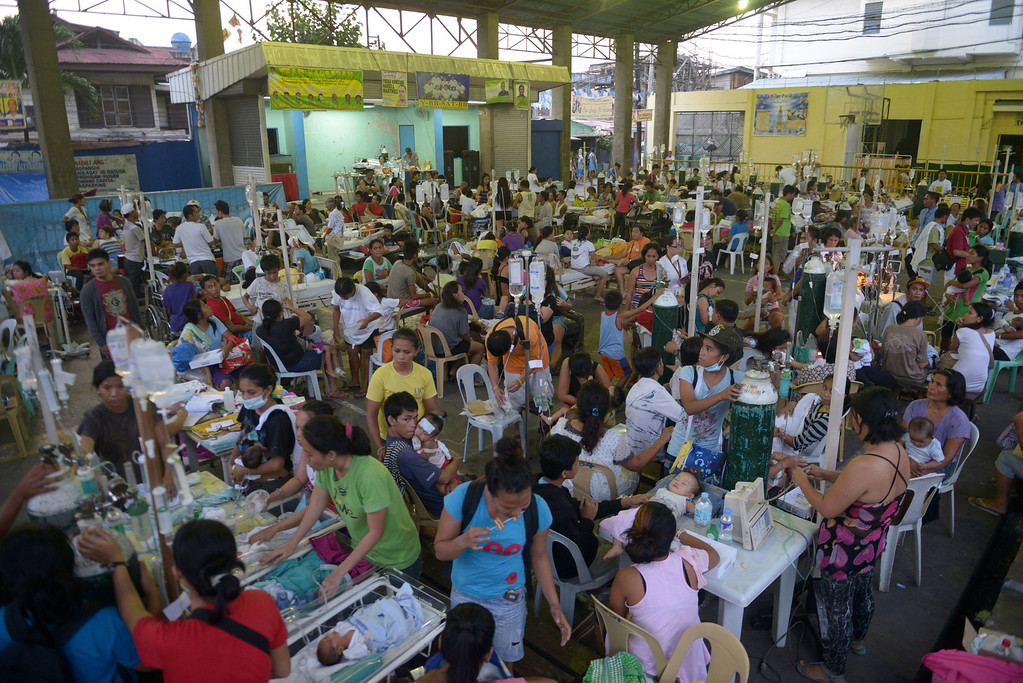 . Patients are treated at a temporary shelter  following a 7.1-magnitude quake in Cebu on October 15, 2013. AFP PHOTO / Jay DIRECTO/AFP/Getty Images