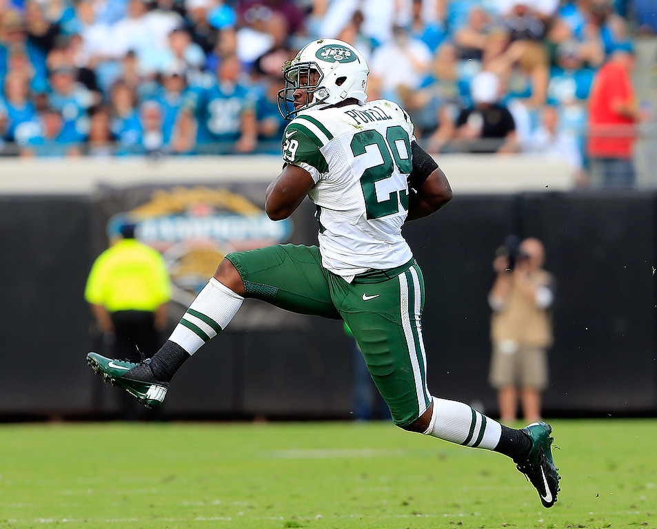. JACKSONVILLE, FL - DECEMBER 09:  Bilal Powell #29 of the New York Jets runs for yardage during the game against the Jacksonville Jaguars at EverBank Field on December 9, 2012 in Jacksonville, Florida.  (Photo by Sam Greenwood/Getty Images)