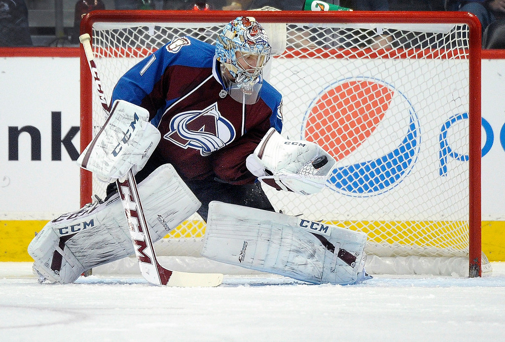 . Colorado goalkeeper Semyon Varlamov made a glove save in the first period.    Photo By Karl Gehring/The Denver Post