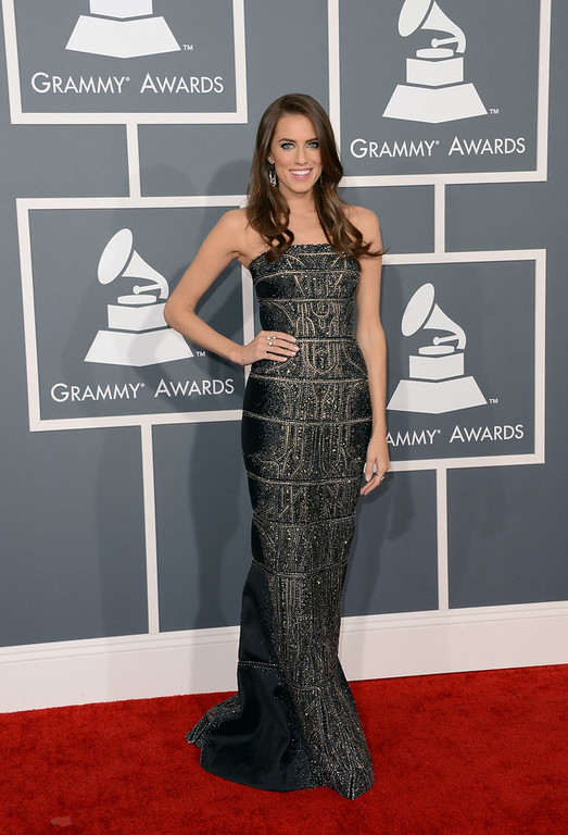 . Actress Allison Williams arrives at the 55th Annual GRAMMY Awards at Staples Center on February 10, 2013 in Los Angeles, California.  (Photo by Jason Merritt/Getty Images)