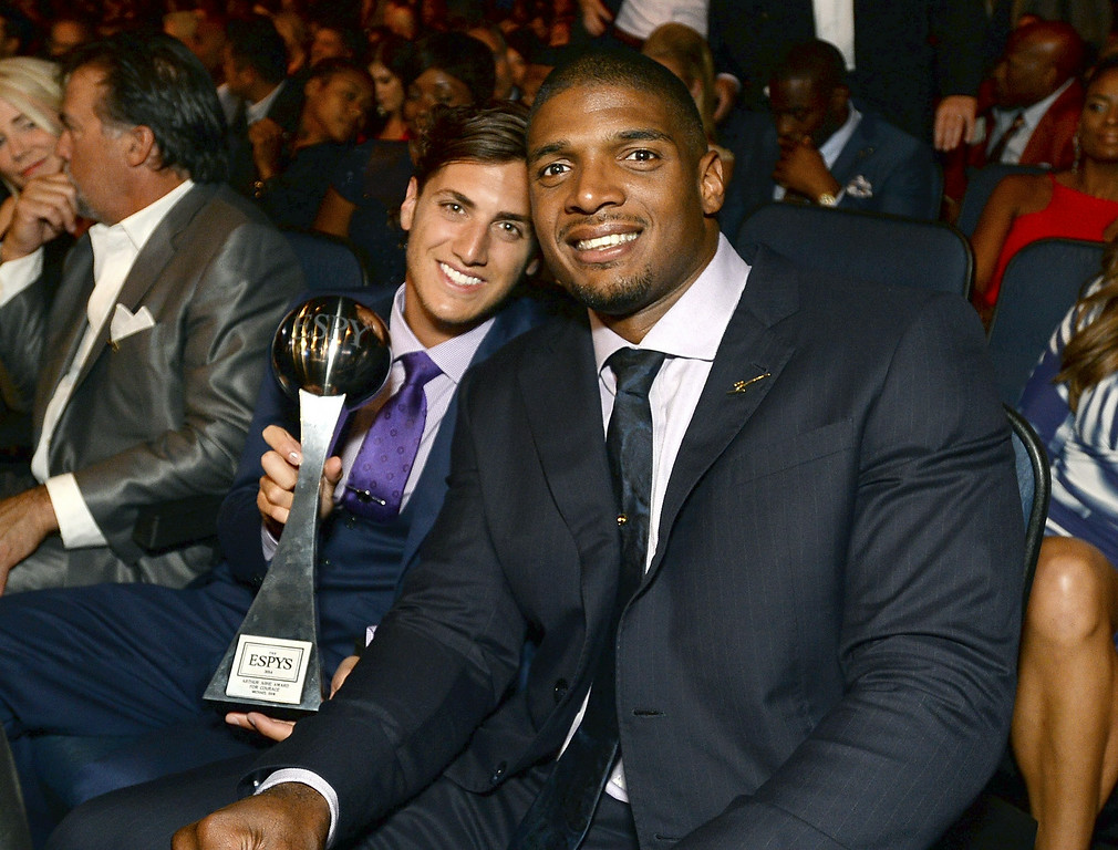 . Vito Cammisano, left, and Michael Sam pose in the audience at the ESPY Awards at the Nokia Theatre on Wednesday, July 16, 2014, in Los Angeles. (Photo by Jordan Strauss/Invision/AP)