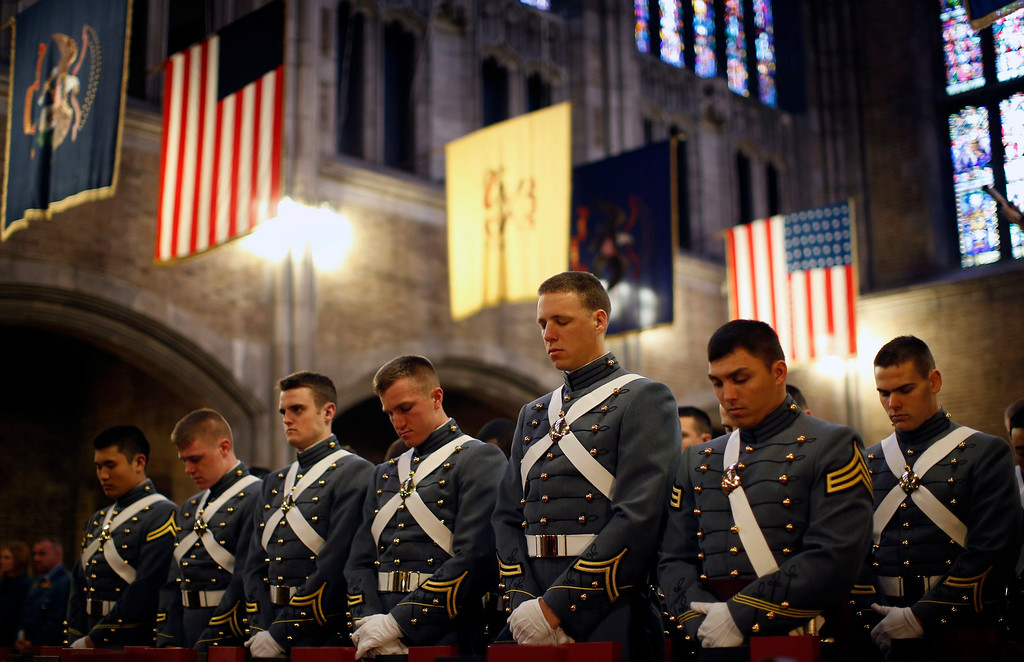 . U.S. Military Academy Cadets from the First Regiment, A-Company stand in prayer at the funeral service for the late U.S. Four Star General H. Norman Schwarzkopf at Cadet Chapel at the United States Military Academy at West Point, February 28, 2013.  REUTERS/Mike Segar