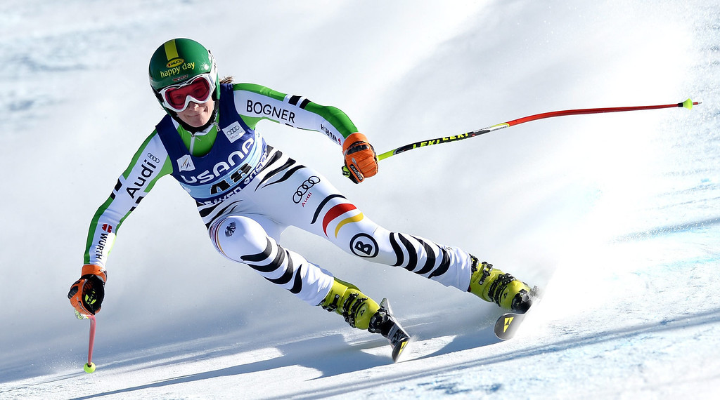 . Skier Lena Duerr, of Germany, takes a turn during the women\'s Super-G race at the FIS World Cup Alpine Skiing in Beaver Creek, Colorado, USA, 30 November 2013.  EPA/JUSTIN LANE
