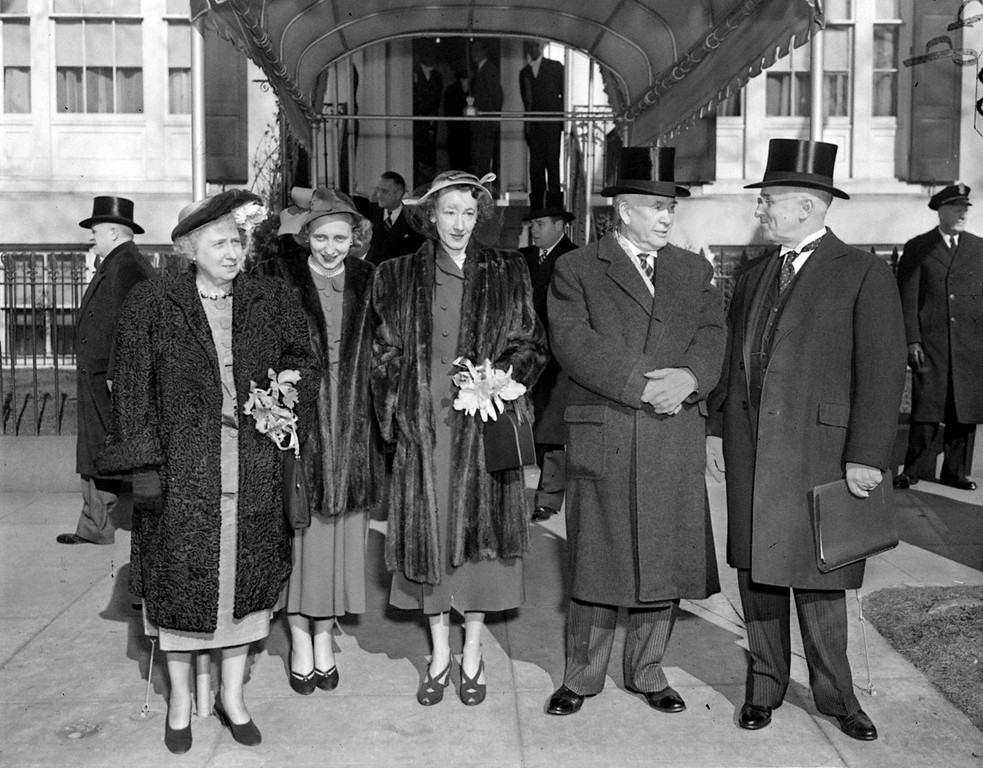. Leaving Blair House for the inauguration oath-taking at the Capitol, January 20, 1949, are left to right: Mrs. Truman; Margaret, daughter of the President; Mrs. Max Truitt, daughter of Vice-President Barkley; Vice-President Alben Barkley, and President Truman. (AP Photo)