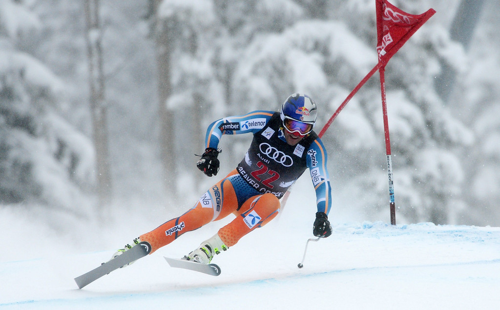 . Aksel Lund Svindal, of Norway, in action during the Men\'s Downhill race at the FIS Alpine Skiing World Cup in Beaver Creek, Colorado, USA, 06 December 2013.  EPA/JUSTIN LANE