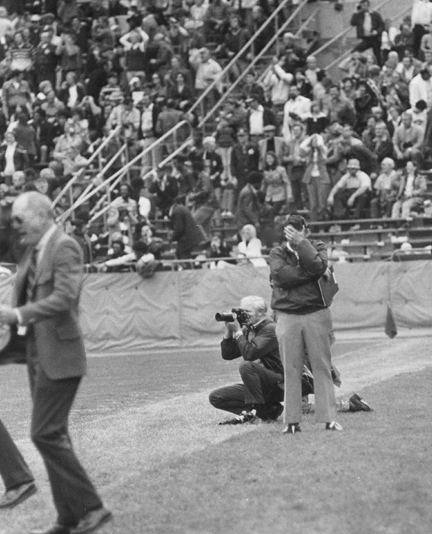. Bronco Coach John Ralston can\'t look in closing seconds. He shielded eyes the entire final passing sequence for the Raiders. 1972. (Photo by Bill Johnson/Denver Post)