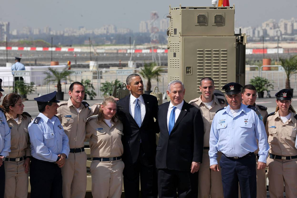. U.S. President Barack Obama (5L) is greeted by Israeli Prime Minister Benjamin Netanyahu (5R) during an official welcoming ceremony on his arrival at Ben Gurion International Airport on March, 20, 2013 near Tel Aviv, Israel. (Photo by Marc Israel Sellem-Pool/Getty Images)
