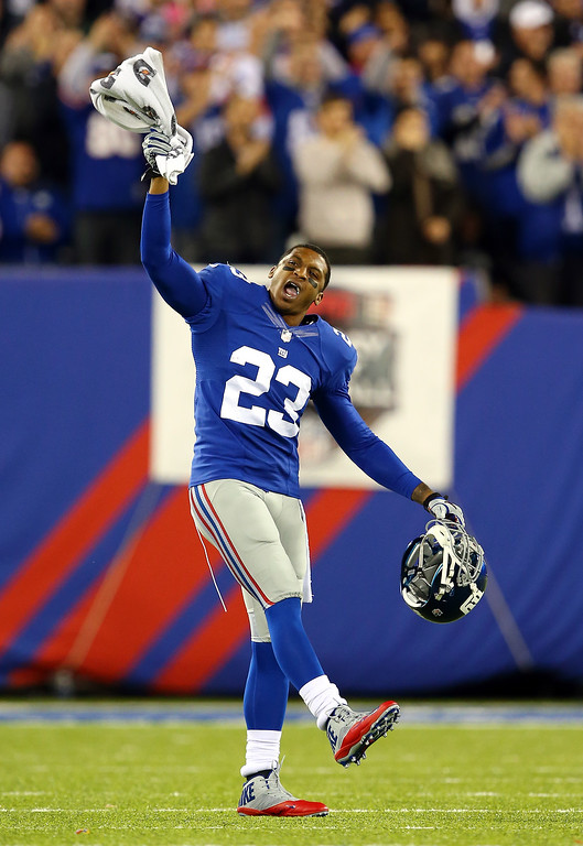 . Cornerback Corey Webster #23 of the New York Giants reacts against the Minnesota Vikings during a game at MetLife Stadium on October 21, 2013 in East Rutherford, New Jersey.  (Photo by Elsa/Getty Images)