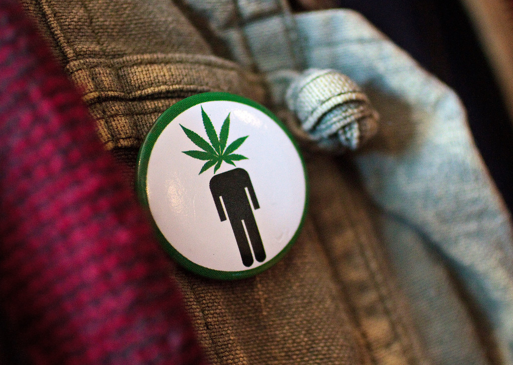 ". Frank Nuccio wears a ""pothead\"" button on his jacket while attending a cannabis cooking class in Denver, Colorado, on Thursday, April 18, 2013. (Werner R. Slocum/MCT)"
